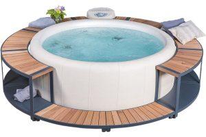 Softub Resort Almond mit Stauseeumrandung