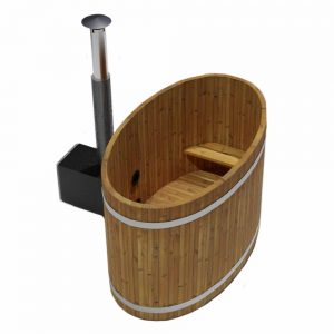 Vollholz Schaffelbad aus Thermokiefer mit Holzofen.